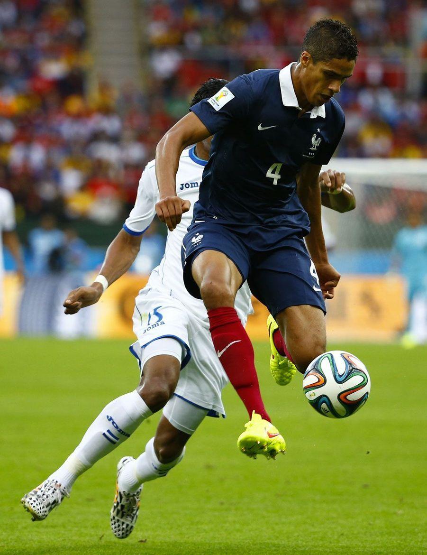 Raphaël Varane : 94% de passes réussies, 4 tirs bloqués