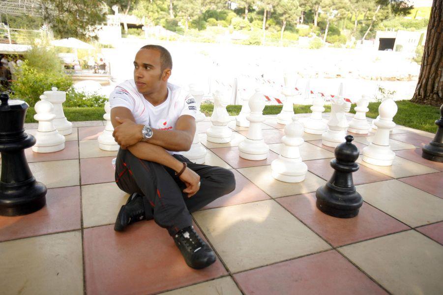 Mai 2008 : Lewis Hamilton pose pour Match