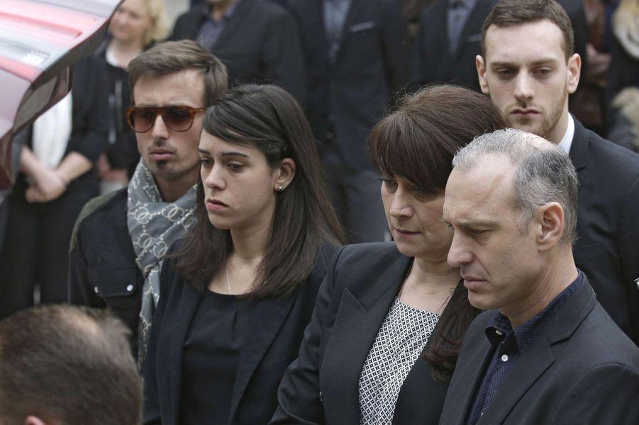 La famille de Camille Muffat aux obsèques de la nageuse, le 25 mars à Nice