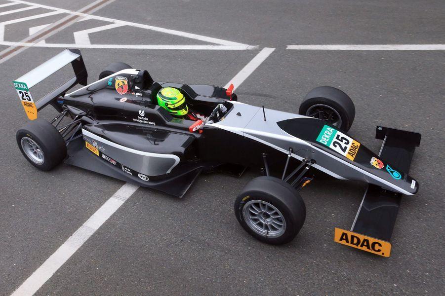 Les débuts de Mick, le fils de Michael Schumacher, en Formule 4