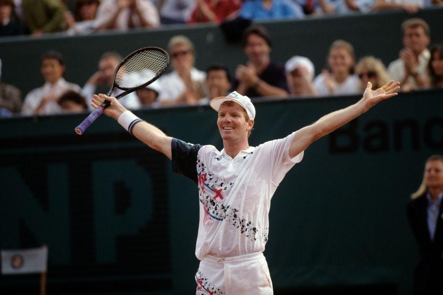 Juin 1992, Jim Courier remporte la finale