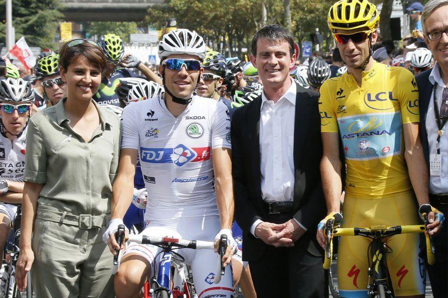 Najat Vallaud-Belkacem, Thibault Pinot, Manuel Valls et Vincenzo Nibali