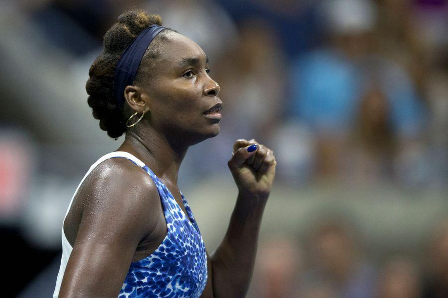 Venus Williams, la sœur de Serena Williams, lors de son match contre Irina Falconi à l'US Open 2015 mercredi 2 septembre