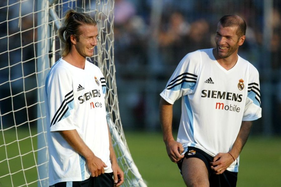 2004. David Beckham arrive au Real Madrid