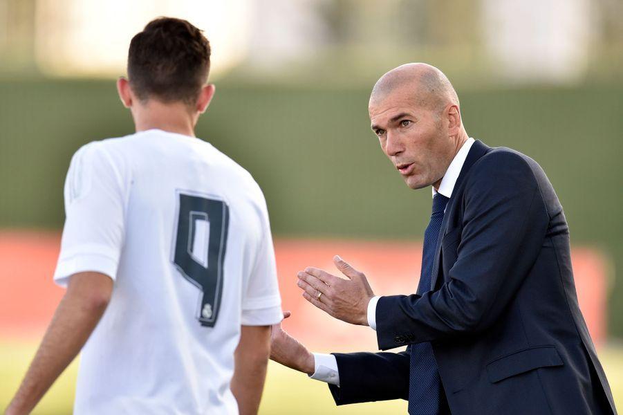 2014-2016. Entraîneur de l'équipe réserve du Real Madrid
