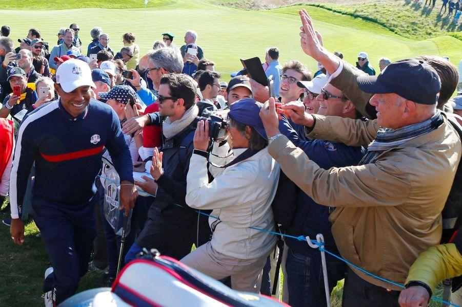 La star mondiale du golf, Tiger Woods, mardi au Golf National à Saint-Quentin-en-Yvelines.
