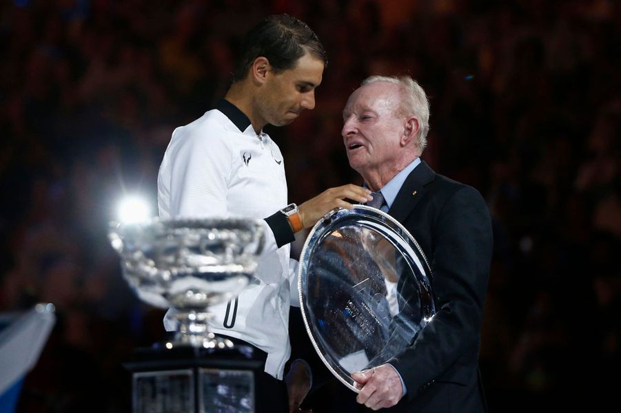 Rafael Nadal félicité par Rod Laver