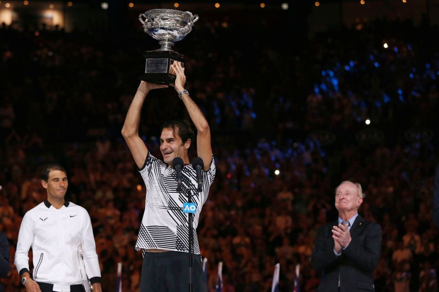 Roger Federer remporte son 18e titre du Grand Chelem