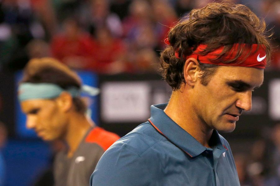 Roger Federer dubitatif après sa défaite face à Rafael Nadal en demi-finale de l'Open d'Australie 2014.