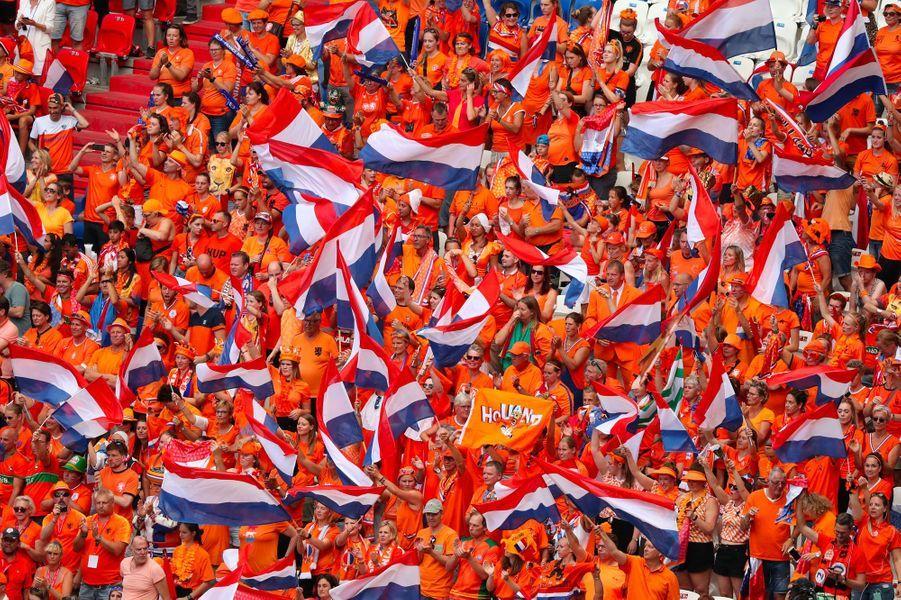...contre 5000 Néerlandais.