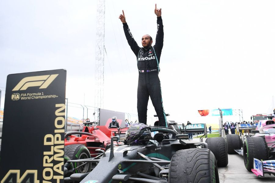 En s'imposant au Grand Prix de Turquie, Lewis Hamilton s'est assuré d'un septième titre de champion du monde, le 15 novembre 2020.