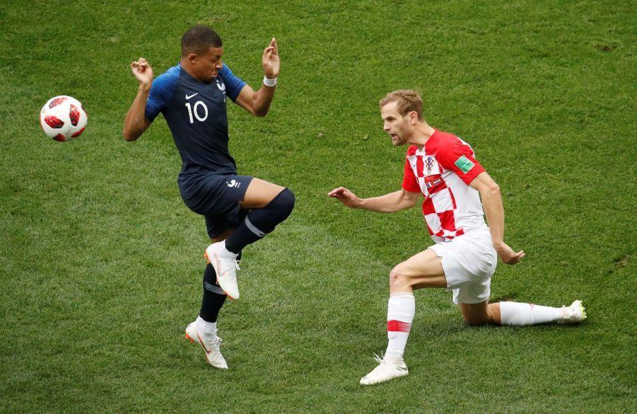 France Croatie : La Finale De La Coupe Du Monde De Football En Direct Et En Photos ( 14