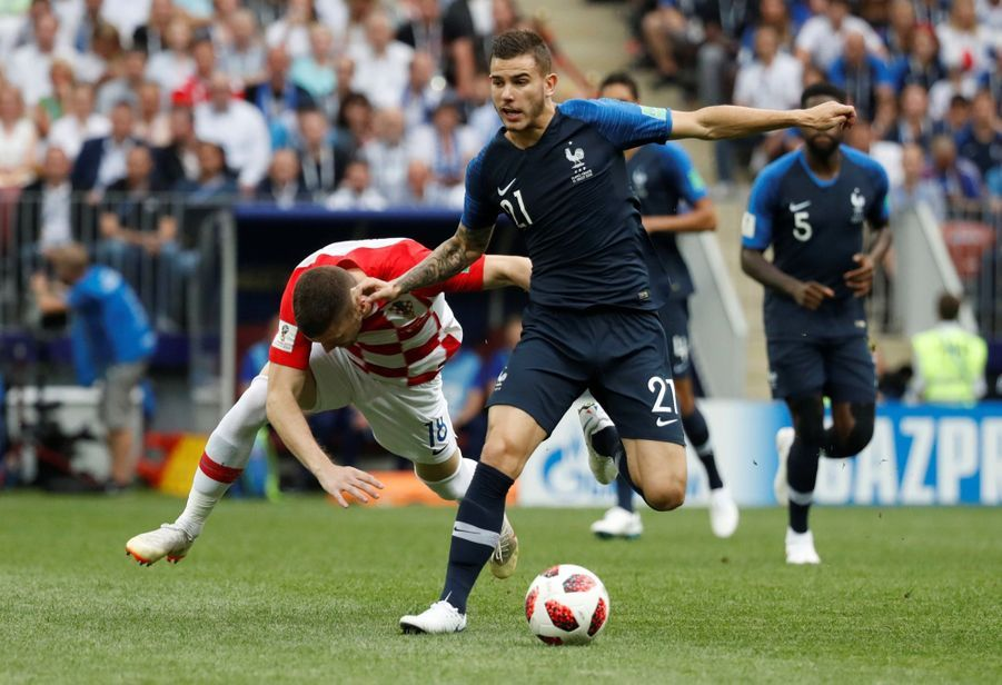 France Croatie : La Finale De La Coupe Du Monde De Football En Direct Et En Photos ( 15
