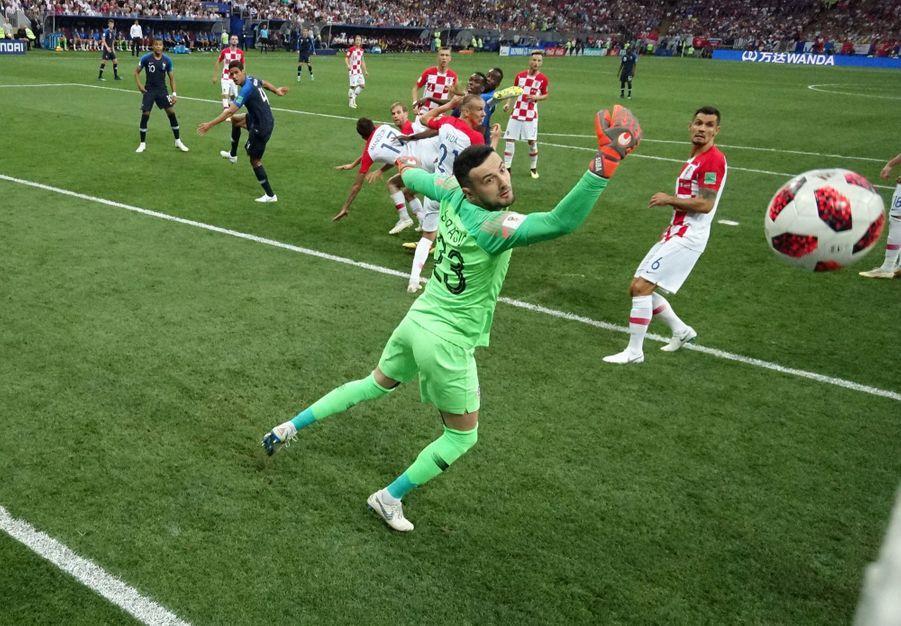 France Croatie : La Finale De La Coupe Du Monde De Football En Direct Et En Photos ( 34