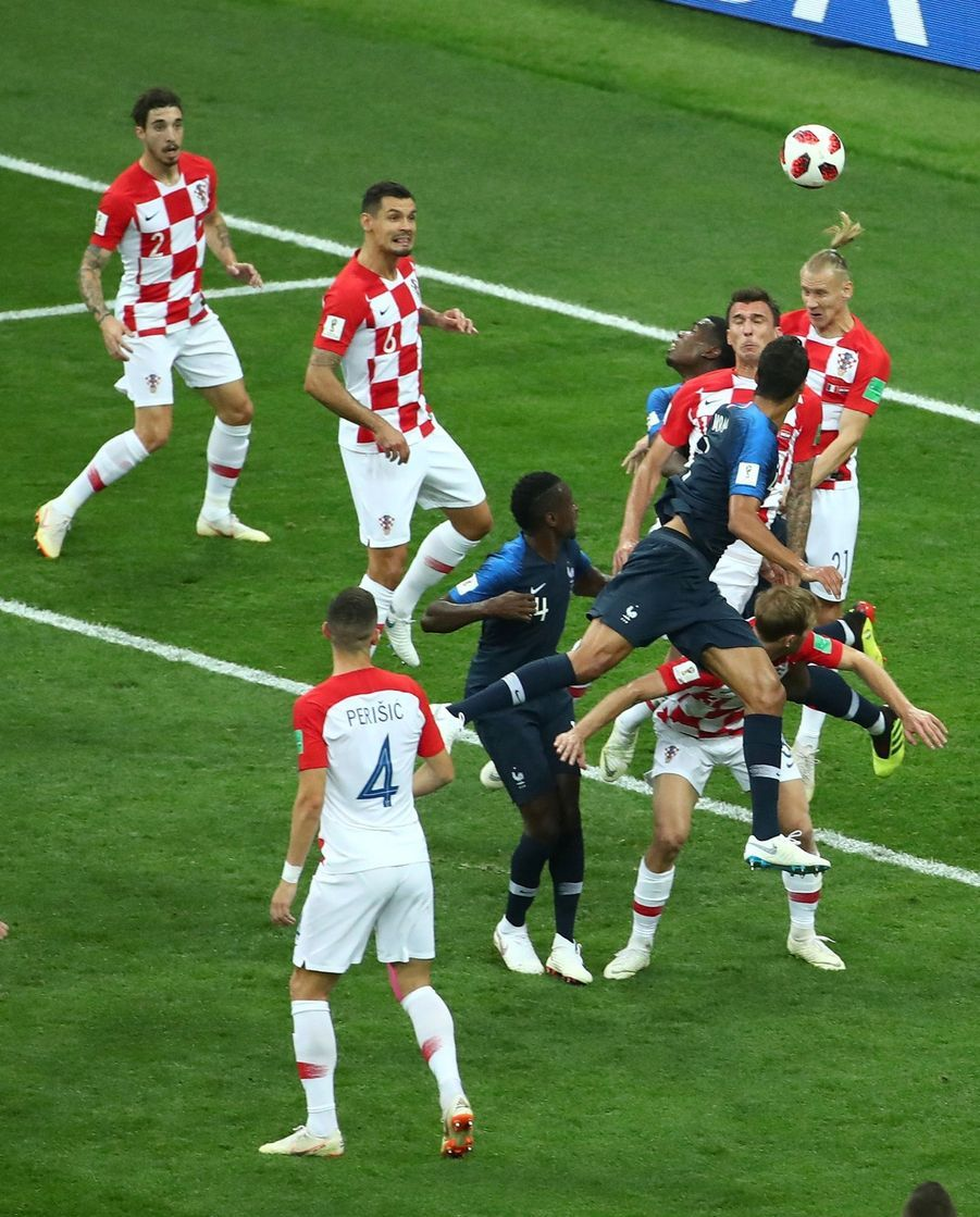 France Croatie : La Finale De La Coupe Du Monde De Football En Direct Et En Photos ( 35