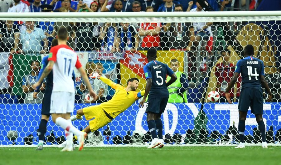 France Croatie : La Finale De La Coupe Du Monde De Football En Direct Et En Photos ( 37