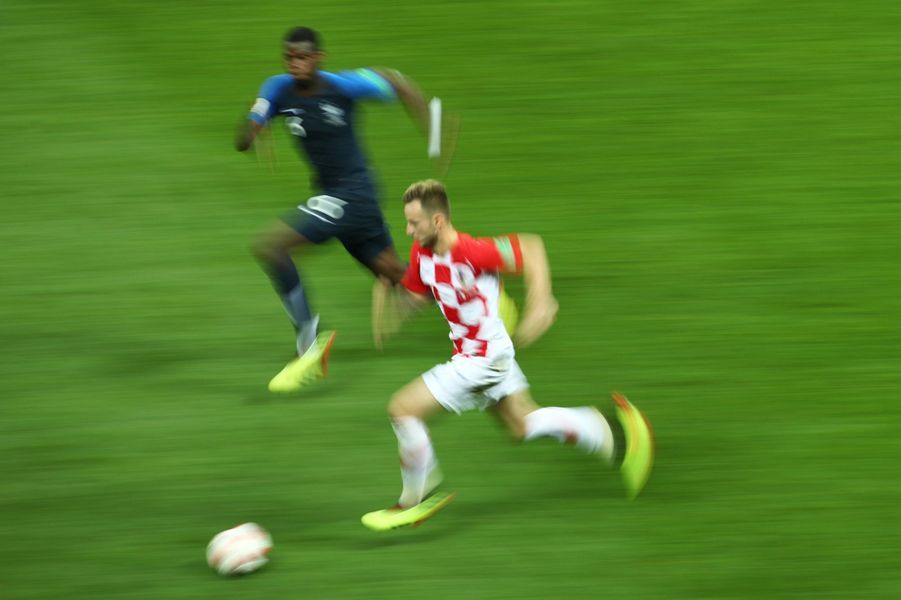 France Croatie : La Finale De La Coupe Du Monde De Football En Direct Et En Photos ( 42