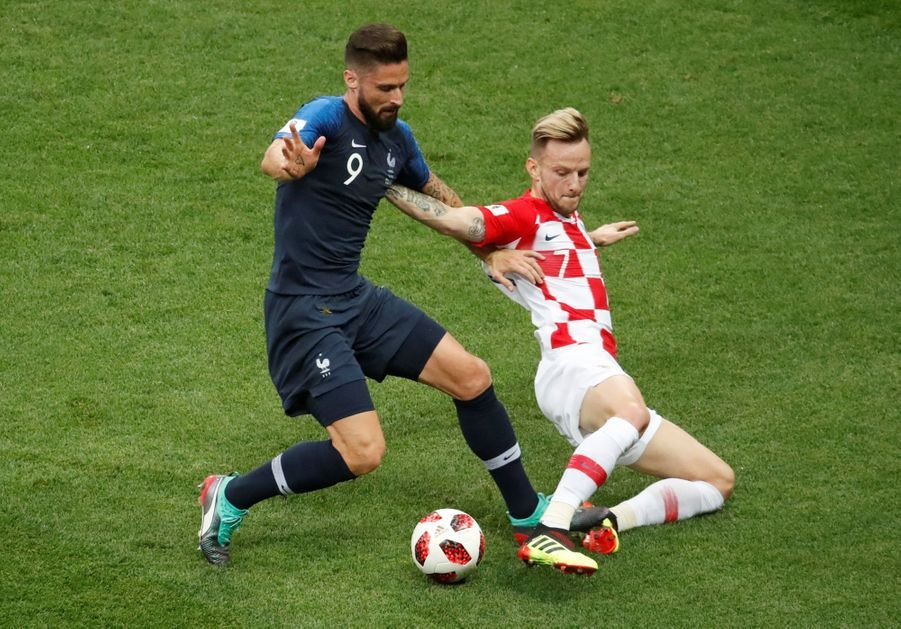 France Croatie : La Finale De La Coupe Du Monde De Football En Direct Et En Photos ( 43