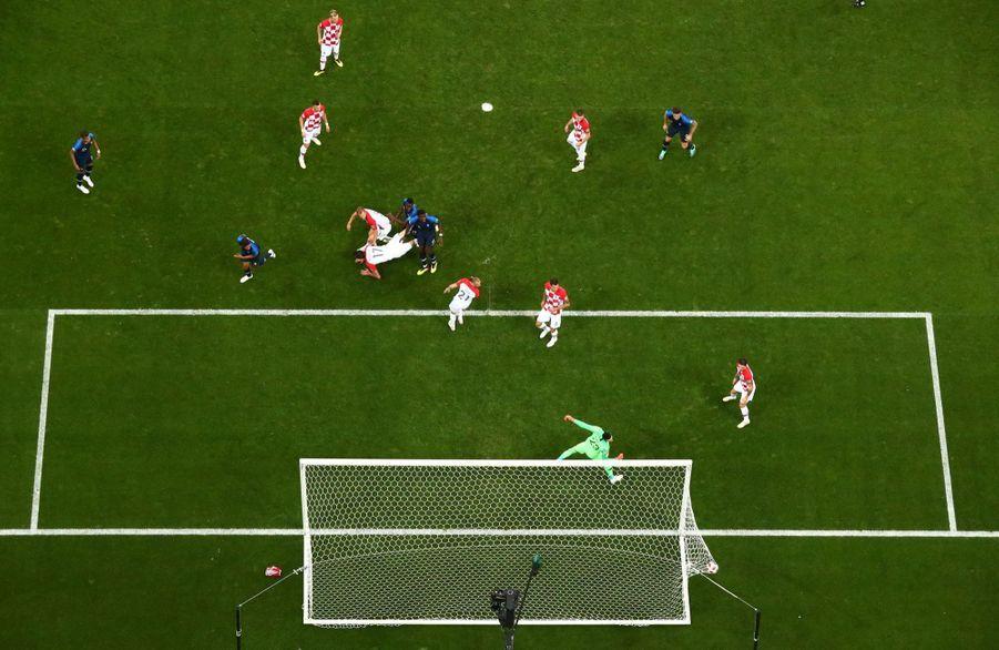 France Croatie : La Finale De La Coupe Du Monde De Football En Direct Et En Photos ( 45