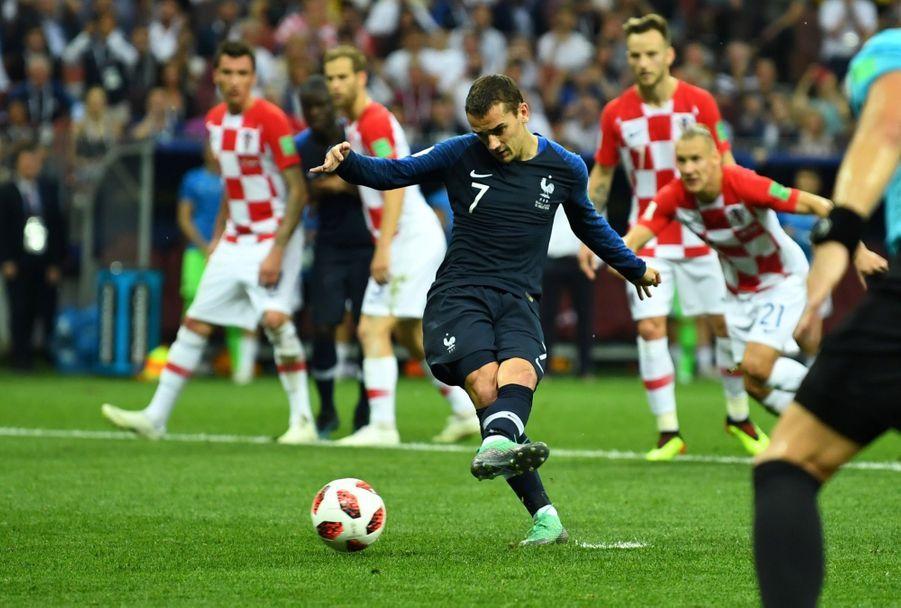 France Croatie : La Finale De La Coupe Du Monde De Football En Direct Et En Photos ( 49