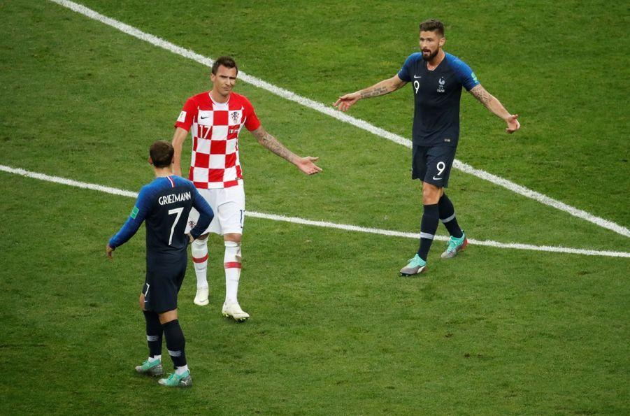 France Croatie : La Finale De La Coupe Du Monde De Football En Direct Et En Photos ( 59