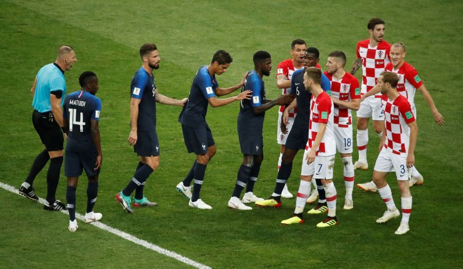 France Croatie : La Finale De La Coupe Du Monde De Football En Direct Et En Photos ( 61