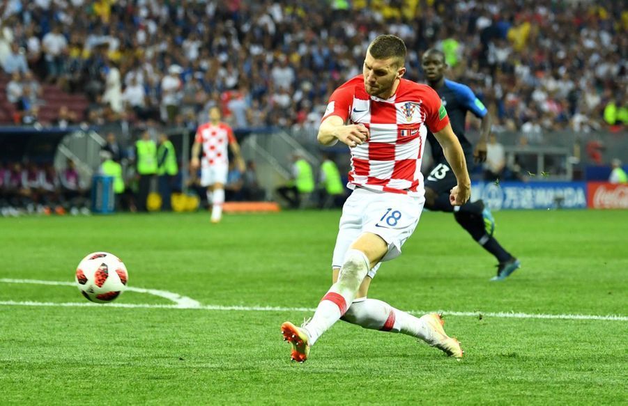 France Croatie : La Finale De La Coupe Du Monde De Football En Direct Et En Photos ( 69