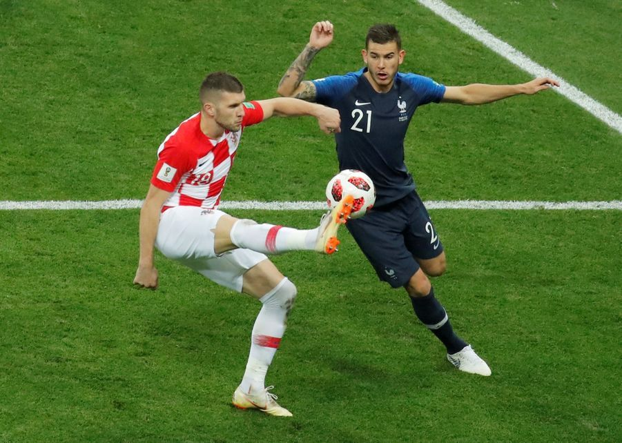 France Croatie : La Finale De La Coupe Du Monde De Football En Direct Et En Photos ( 70