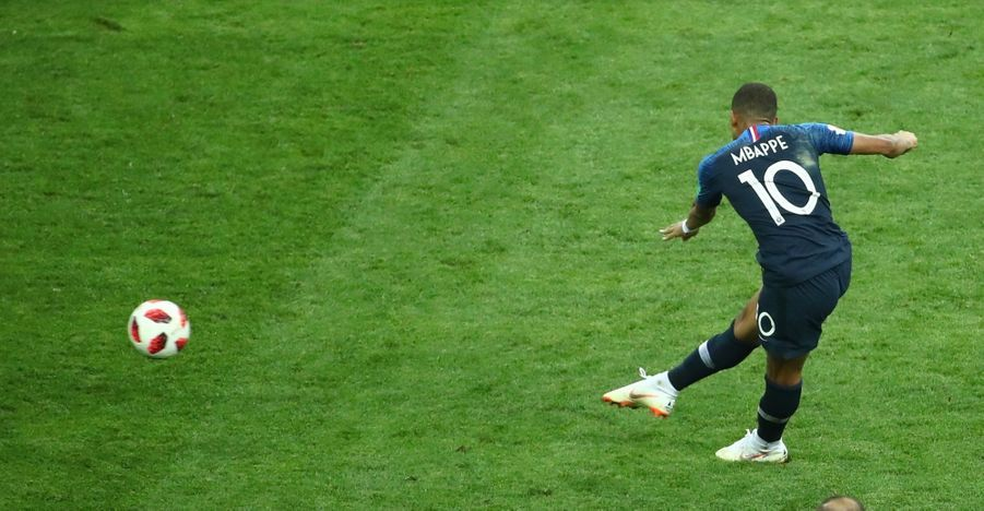 France Croatie : La Finale De La Coupe Du Monde De Football En Direct Et En Photos ( 78