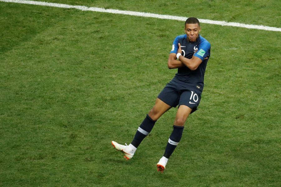 Le jeune attaquant de l'équipe de France Kylian Mbappé a marqué le quatrième et dernier but des Bleus face à la Croatie (4-2).