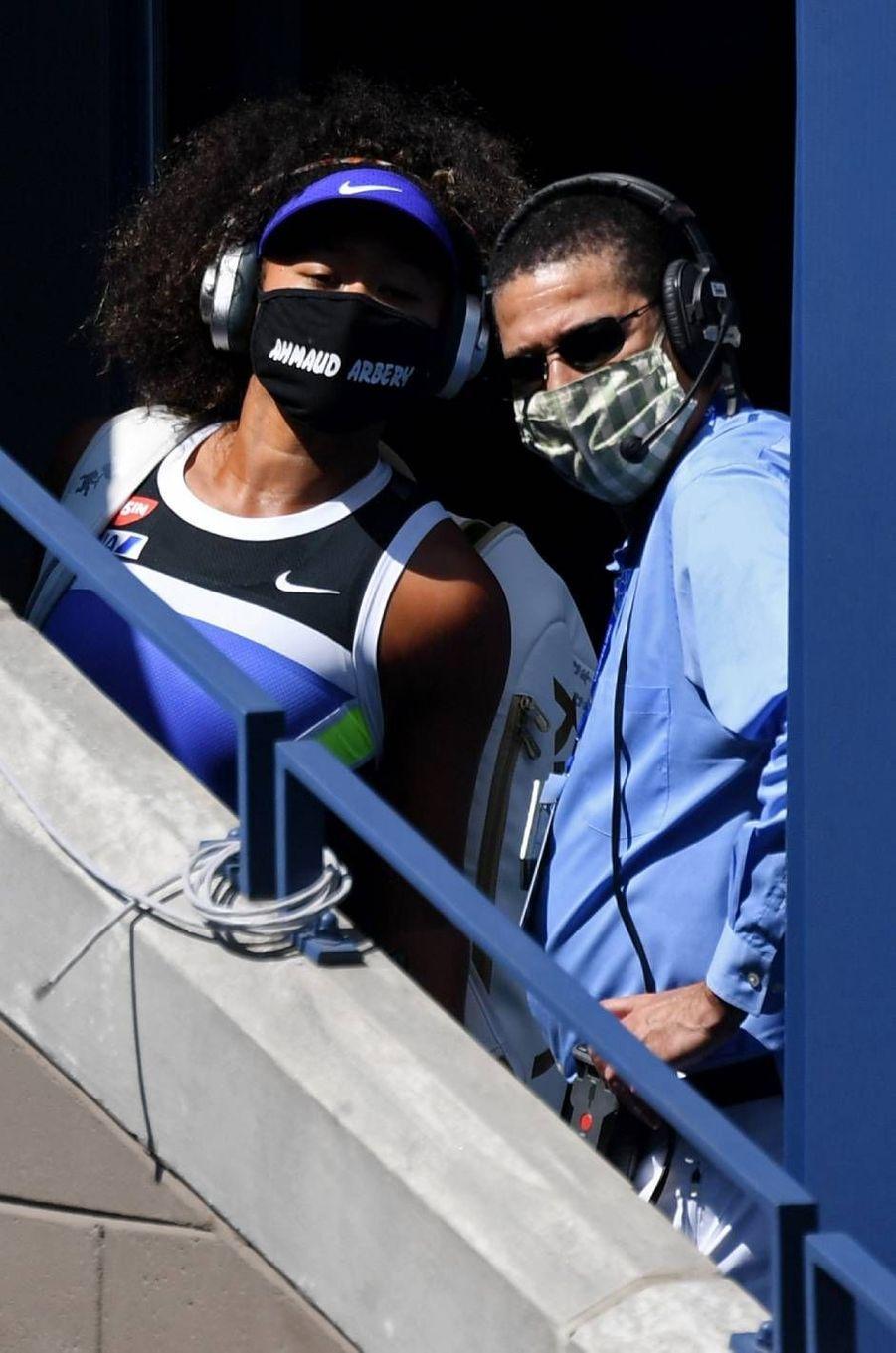 Naomi Osaka portant un masque rendant hommage à Ahmaud Arbery, le 4 septembre 2020.