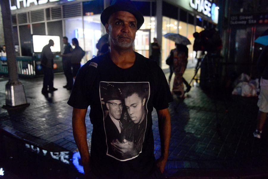 Hommages spontanés à Mohamed Ali