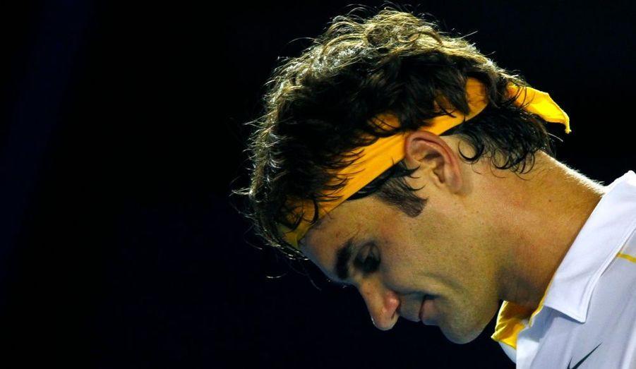 Tenant du titre, le Suisse Roger Federer a cédé en demi-finale face au Serbe Novak Djokovic en moins de trois heures sur le score de 7-6/7-5/6-4.