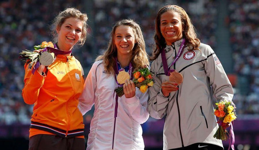 La jeune femme a remporté le 100 mètres en catégorie T44. Un peu plus tôt dans la semaine, elle avait gagné une médaille de bronze au concours de saut en longueur.