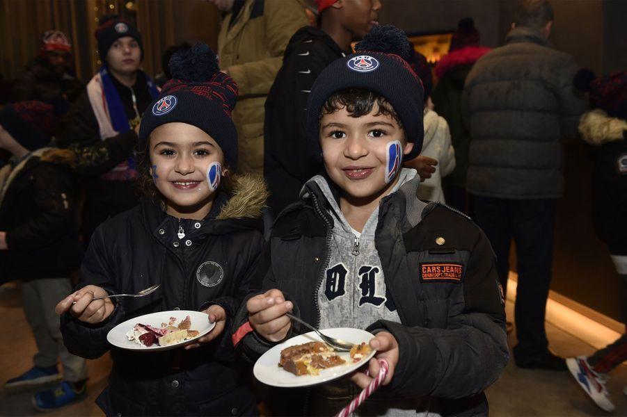 Des centaines d'enfants invités pour le match de la Fondation Paris Saint-Germain – Les Enfants d'abord