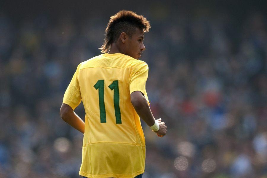 Lesexcentricités capillaires de Neymar Jr.
