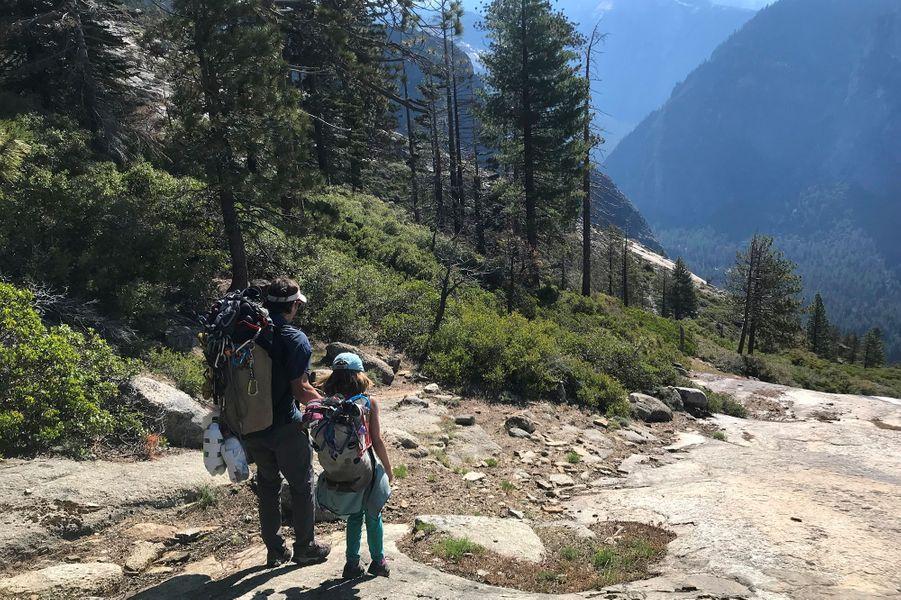 Selah Schneiter et son père en route versEl Cap.