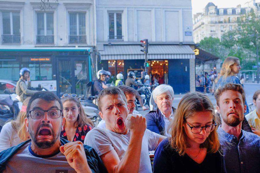 A Paris pendant le match