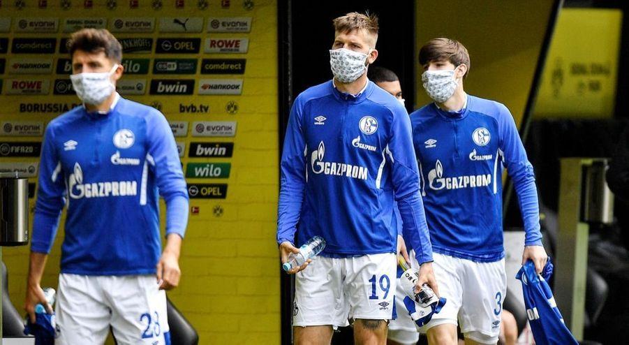 Avant le match Borussia Dortmund - Schalke 04, à l'occasion de la reprise du championnat allemand de football, samedi 16 mai 2020. La Bundesliga était interrompue depuis63 jours en raison dela crise sanitaire due au covid-19.