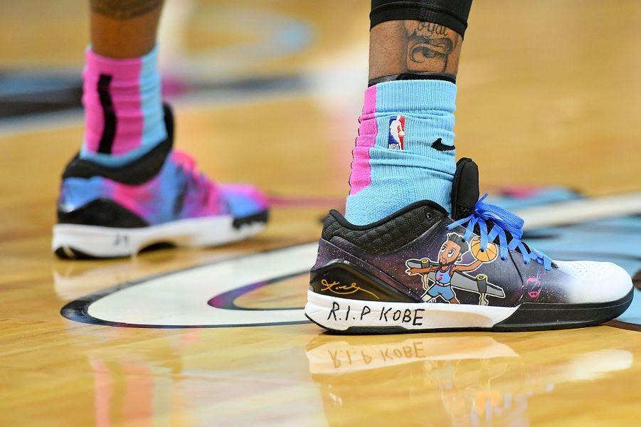 Les chaussures deDerrick Jones Jr.