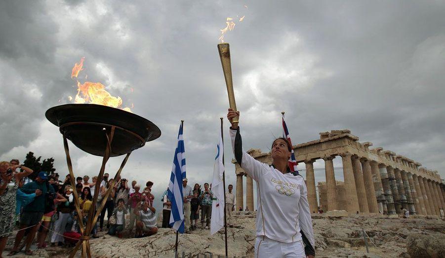 Départ de l'Acropole, à Athènes, le 17 mai