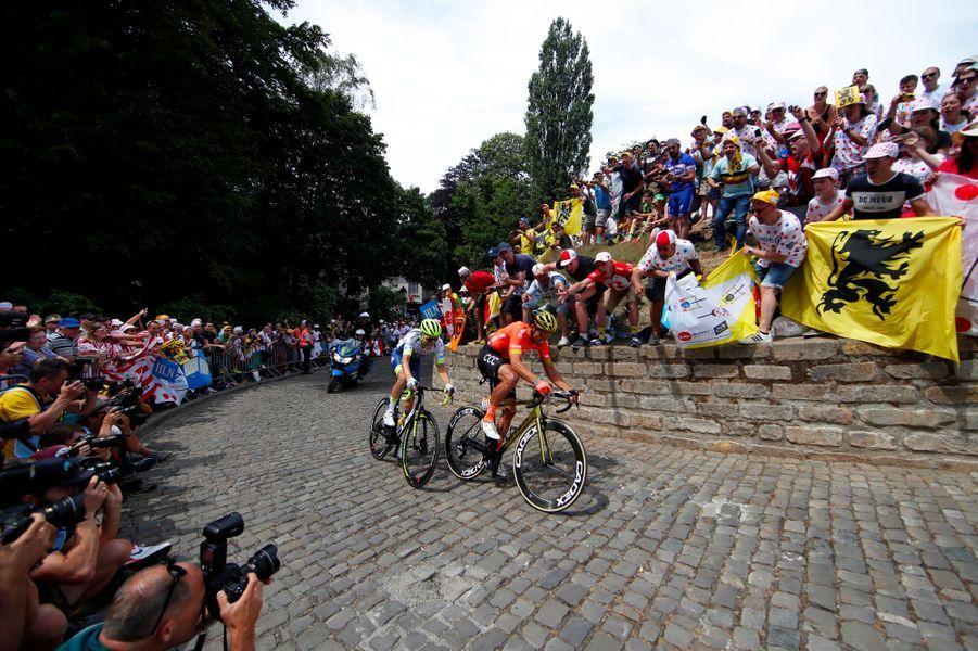 Les BelgesGreg Van Avermaet et Xandro Meurisse dans le Mur de Grammont, samedi.