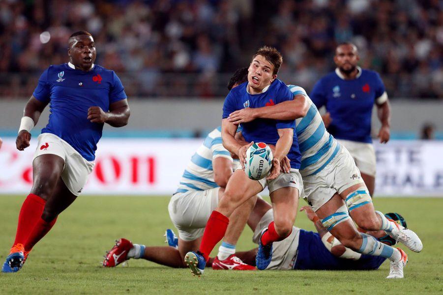 Dupont pris par la défense argentine