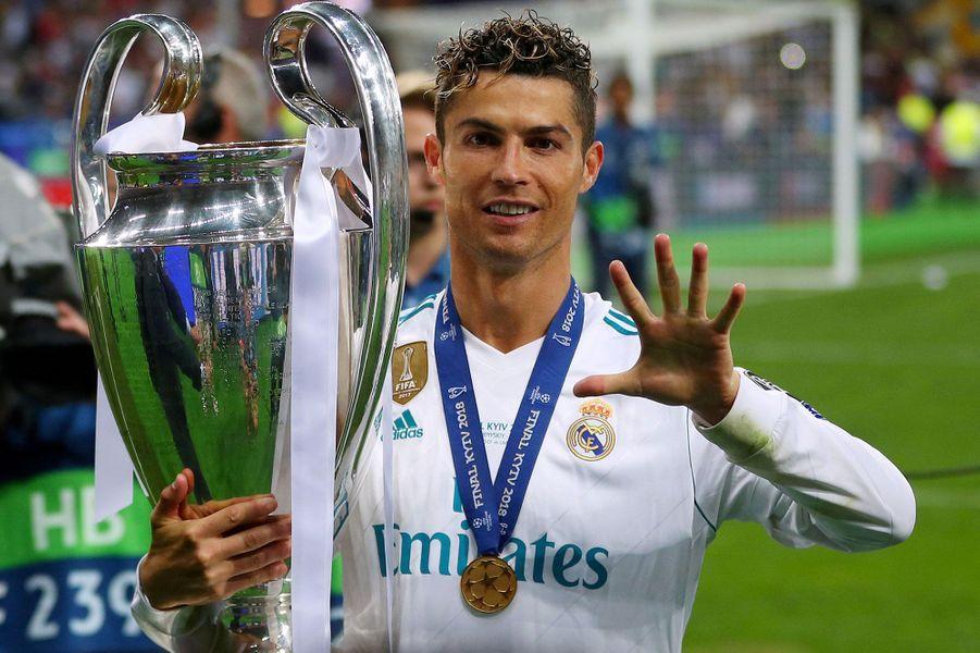 3-Cristiano Ronaldo (football) : 108 millions de dollars