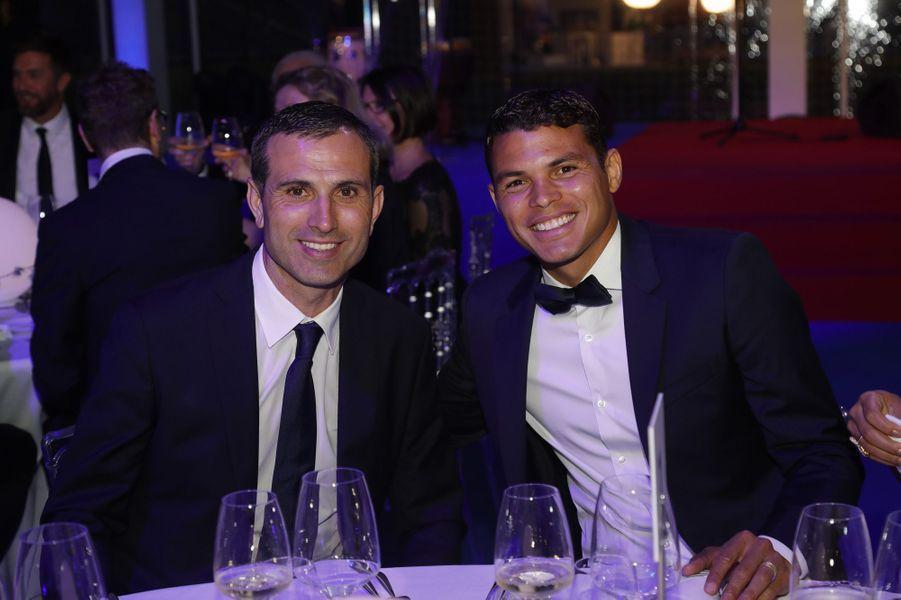 Pedro Miguel Pauleta et Thiago Silva.