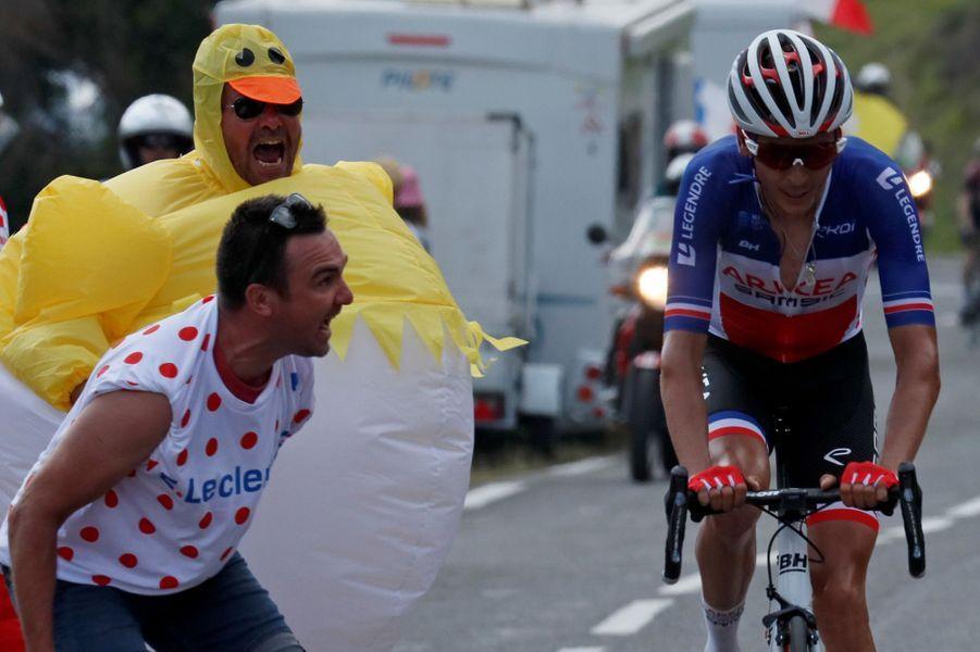 Warren Barguil encouragé lors de l'étape entreTarbes et le Tourmalet (Barèges).