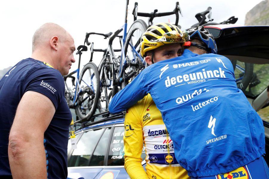 Julian Alaphilippe vient de perdre son maillot jaune lors de la 19e étape du Tour, le 26 juillet.