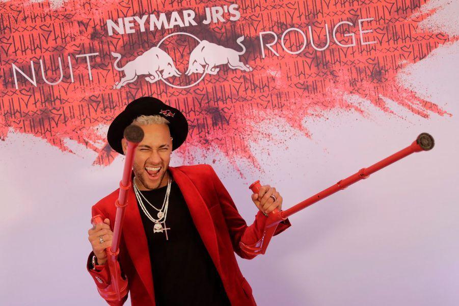 Neymar a fêté son anniversaire à Paris.