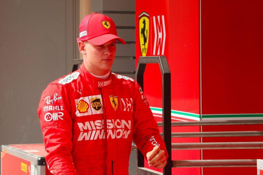 Mick Schumacher sur le circuitSakhir de Bahreïn, le 2 avril 2019.