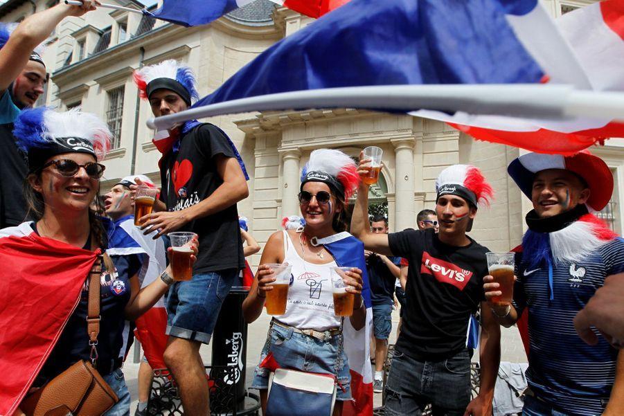 Mondial : La Fièvre Monte, Le Champ de Mars Pris D'assaut ( 17